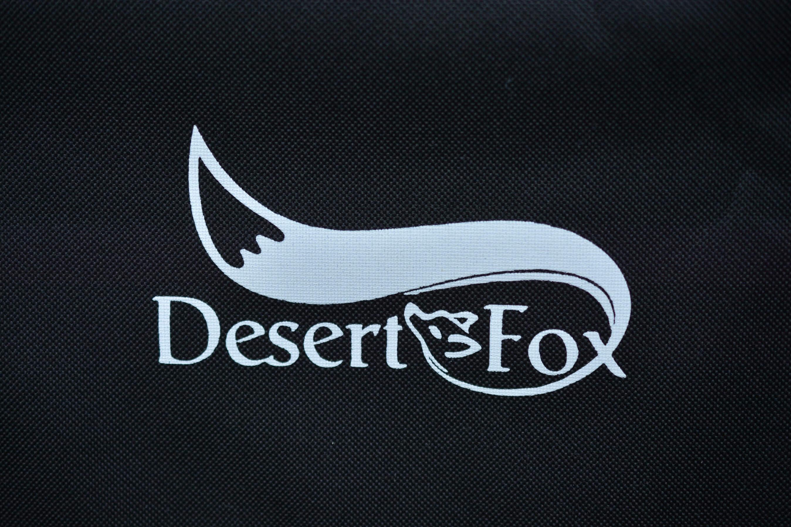 DesertFox アウトドアチェア ロゴ
