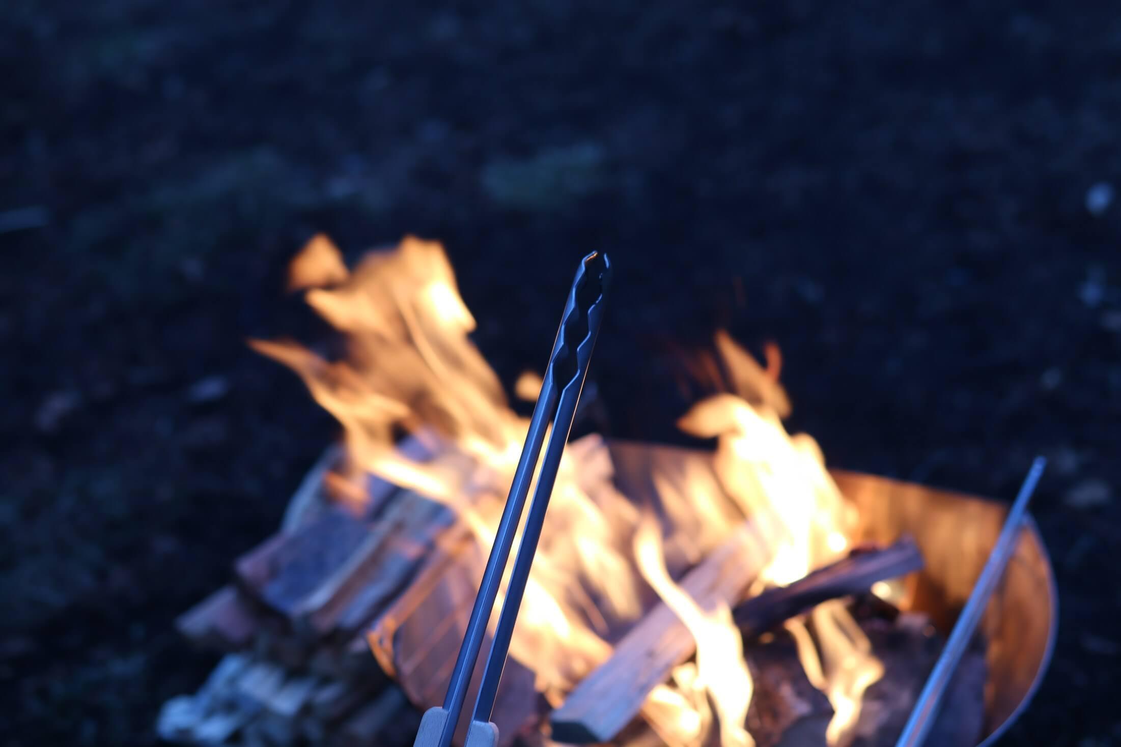 スノーピーク 火ばさみ 先端が薄い