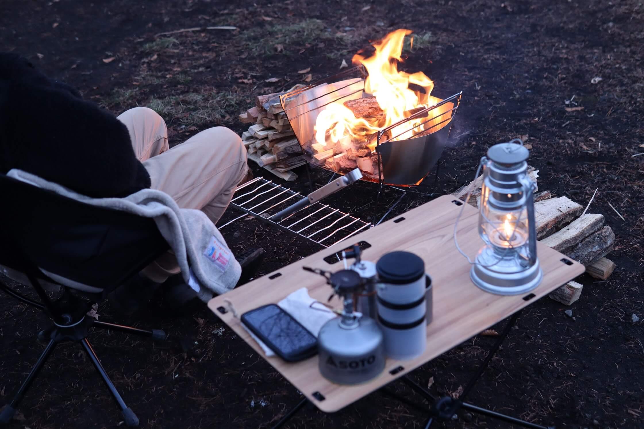 ヘリノックス Helinox テーブルワン ソリッドトップ 焚き火サイドテーブル