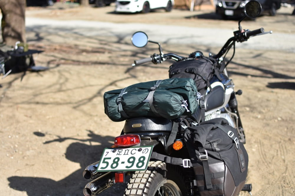 テンマクデザイン パンダライト バイクへ積載