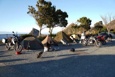 雲見夕陽と潮騒の岬オートキャンプ場 訪問レポート。秘境の絶景オーシャンビューを楽しむ。