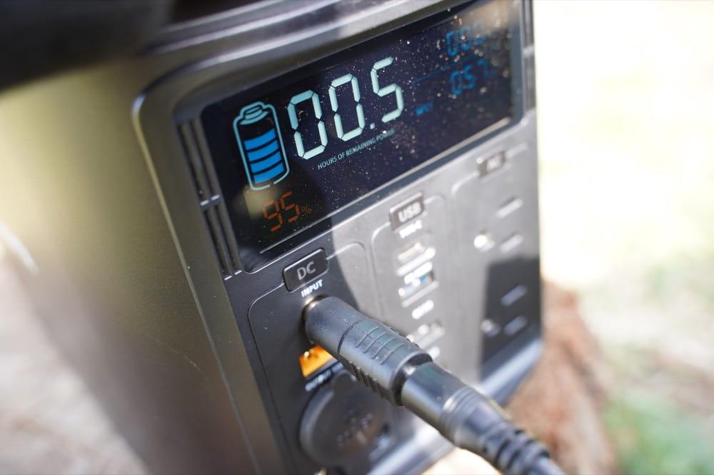 ELECAENTA(エレカンタ) S600W (ポータブル電源) 液晶パネル