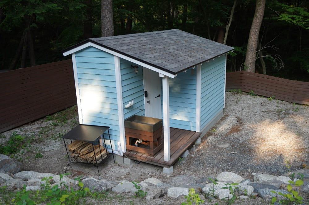 camp 24. 白州フィールド 水回りの小屋