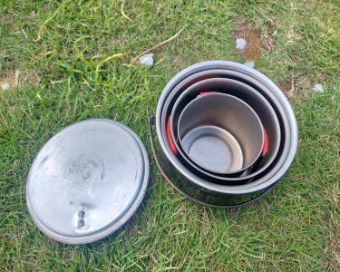ソロ用クッカーの名作といえばEVERNEWのBackcountry Almi Pot!同社のマグカップをスタッキングして、クッカーセットにしよう。